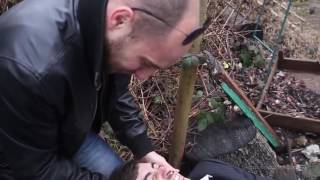Мужика отрубили голову(, 2016-05-12T09:33:58.000Z)