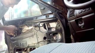 Не работают(гудят) стеклоподъемники ВАЗ.(Ремонт стеклоподъемников ваз)(У меня на авто ваз2110, гудел стеклоподъемник, а потом вовсе перестал работать. Разобрал, как оказалось, мотор,..., 2015-08-02T10:28:33.000Z)