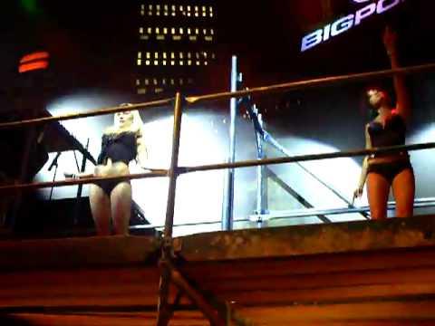Gamescom 2010 bigpoint tanzeinlage.AVI