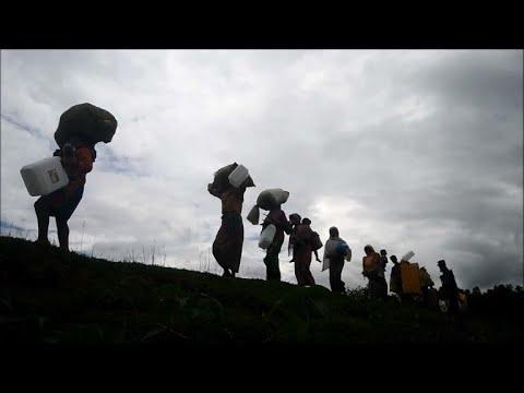 Rohingya refugees continue to pour into Bangladesh