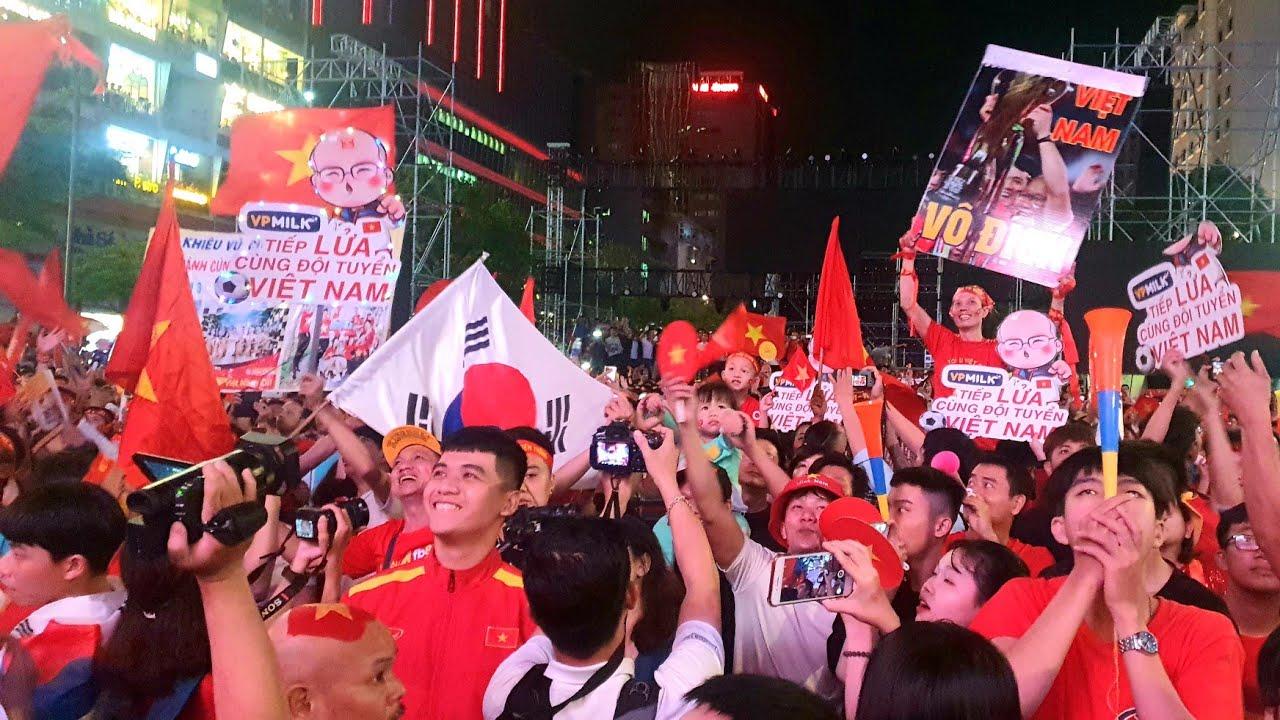 Biển người TP.HCM VỠ ÒA khi U22 Việt Nam giành HCV lịch sử tại SEA Games 30 | Vietnam 3-0 Indonesia