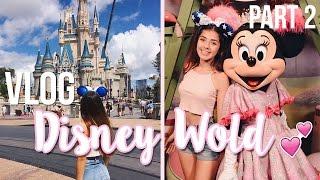 ESCAPANDO DE LA LLUVIA EN DISNEY! - DisneyWorld VLOG | ValentinaGonzzz