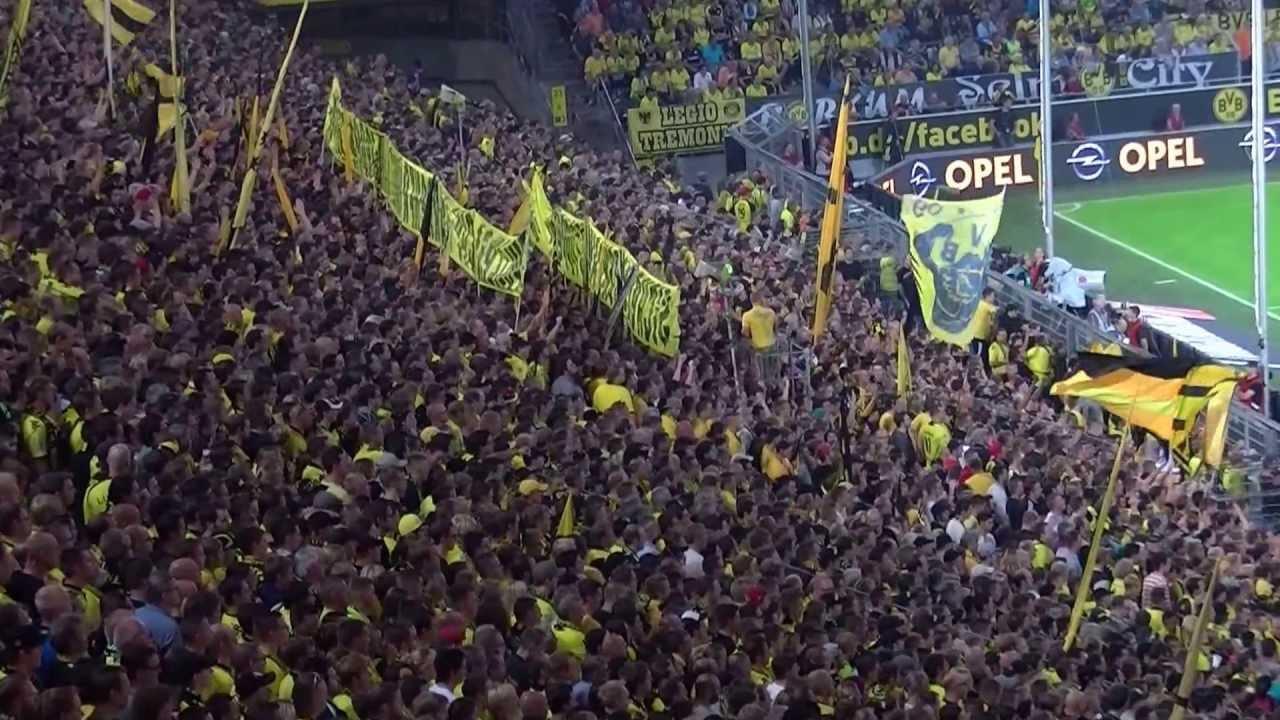Stimmung Südtribüne: Borussia Dortmund - Werder Bremen 1:0 BVB Fans 23.08.2013 Lewandowski