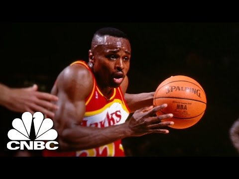 Fouled Out: Rumeal Robinson | American Greed | CNBC Prime
