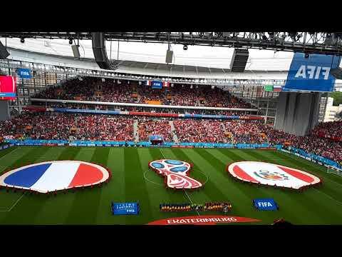 Hymne péruvien lors de France-Pérou