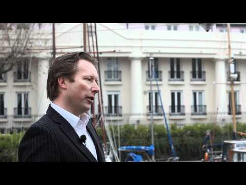 Lara Lewington Talks To Mark Upton From MGMT