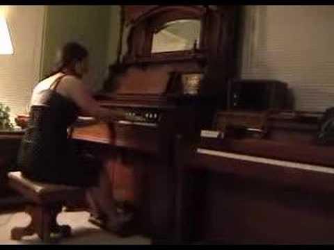 MY NEW PUMP ORGAN!!!! - playing Amélie