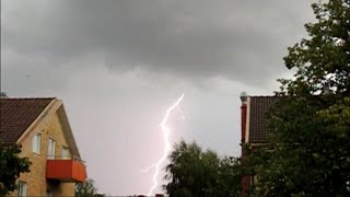 Blixtar & blixtnedslag i slow motion 12 augusti 2014 / Lightning in slow motion on August 12, 2014