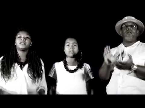 Olombelo Ricky ft Kaysha Gasy - Efa lasa (Clip Gasy officiel 2016)