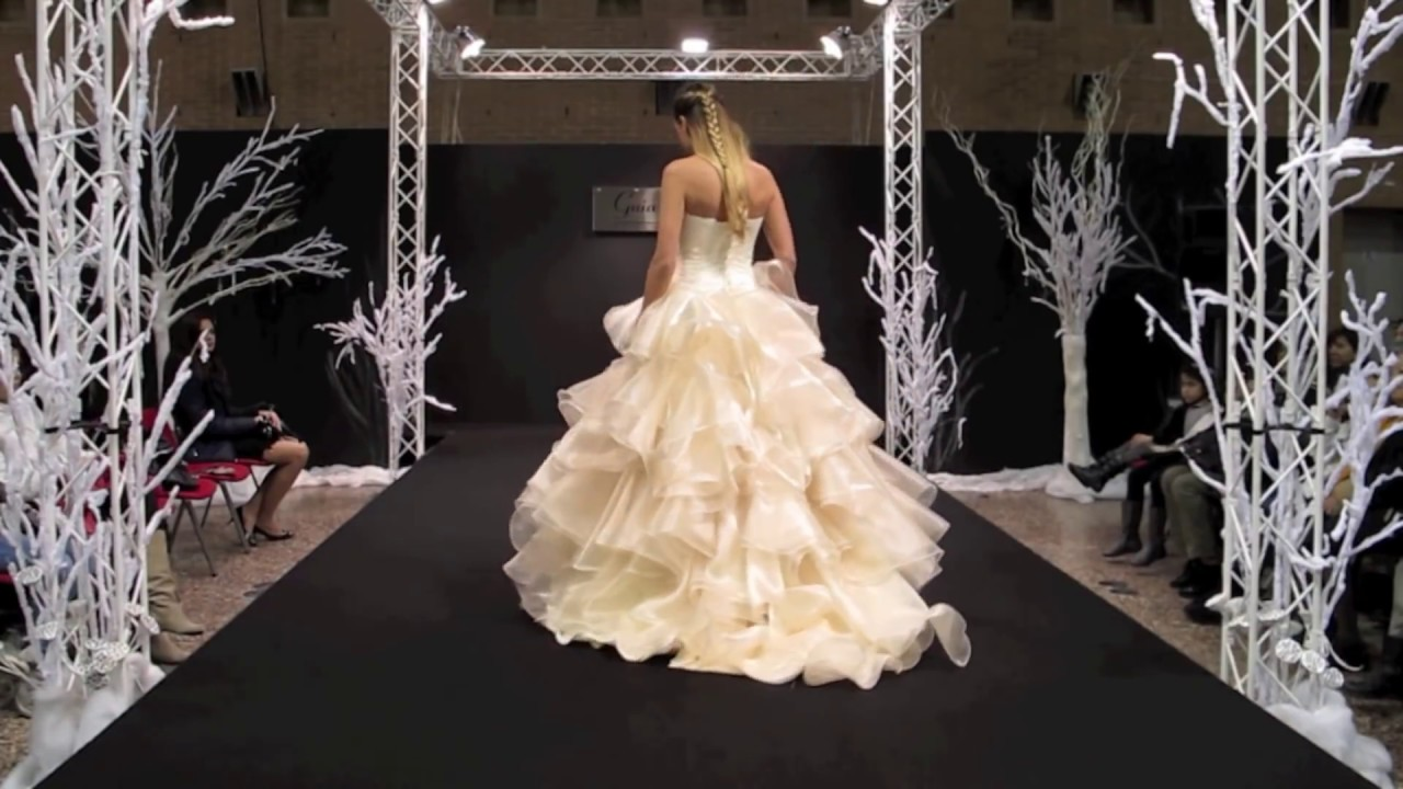 c1904e2c01b0 Abiti da Sposa - Guia Casadio by Guia Fashion (video completo) - YouTube