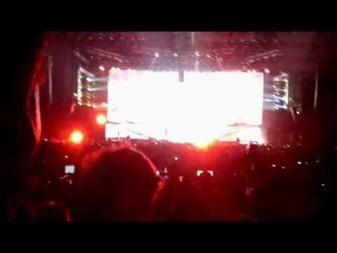 Metallica Live in Cape Town 2013 - Hit The Lights