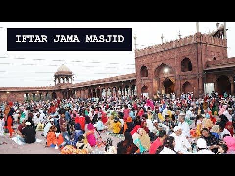 Iftar in Jama Masjid, Delhi | An Experience of A Lifetime