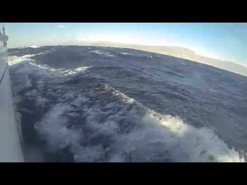 Die hexe eine dehler 41 im surf vor almeria mit bis 21 for Geschwindigkeit in knoten