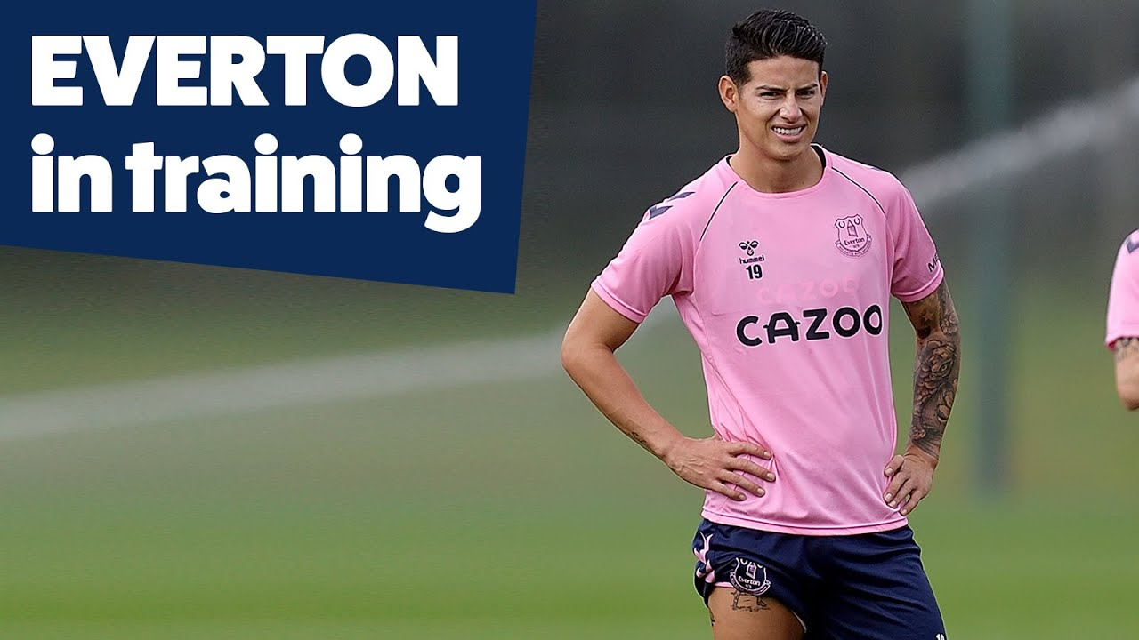 James Rodriguez Scores Overhead Kick In First Everton Training Session Youtube
