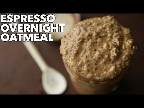 Healthy Breakfast Idea - Coffee Overnight Oats | How To Make Overnight Oatmeal For Weight Loss