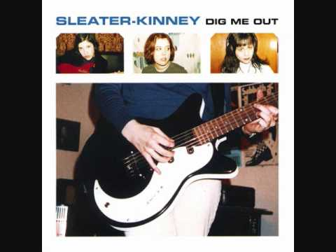sleater-kinney-turn-it-on-305mmhowitzerm1939