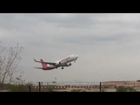 Spicejet flight takeoff from coimbatore airport