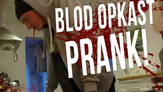 VILD blod opkast PRANK! Feat. OddMoles