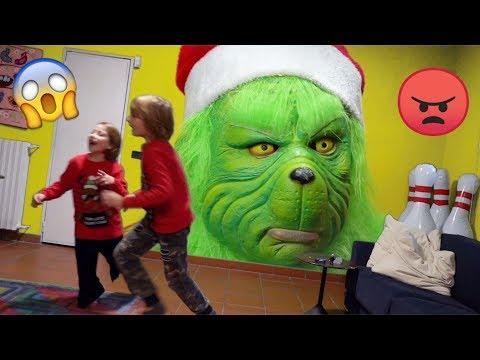 GRINCH vs Bambini : Scappare da Babysitter e Salvare Natale - Escape the room - Canale Nikita