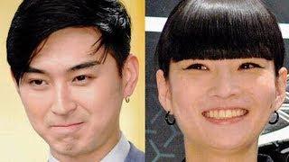 4月に結婚した俳優の松田翔太(32)、モデルの秋元梢(31)夫妻が、5日...