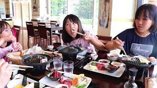 【青森県西海岸ドライブ】 まぐろステーキ丼の贅沢さと青池の美しさに感動三姉妹