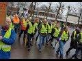'Gele hesjes' gaan los in Emmen: blokkeren Hondsrugtunnel, politie grijpt in!
