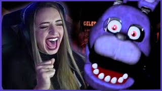 GIBI PLAYS FIVE NIGHTS AT FREDDY'S | Luckiest Player Ever