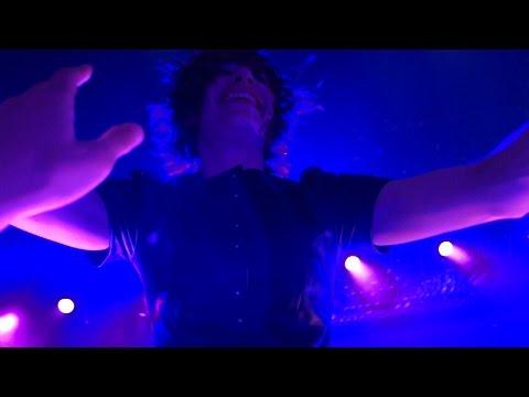 Sleater-Kinney - Modern Girl – Live in San Francisco