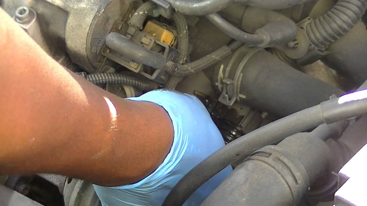 vw jetta knock sensor location
