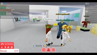 trolling people in robloxian hospital.. (roblox)