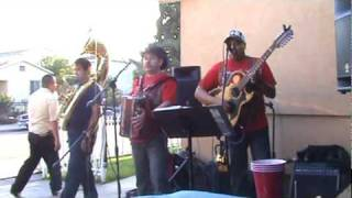 Reyes con Tuba - El Troquero Locochon Grupo Norteno en Los Angeles