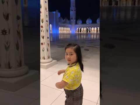 KEREN ELISHA CASTILLO-GRAND MOSQUE DUBAI 2019