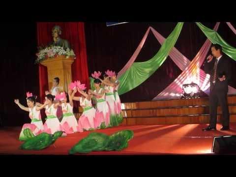 Người về thăm quê - Phan Tuấn Sơn cùng tốp múa
