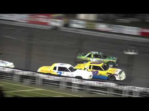 2015 IMCA Hobby Stock Championship feature Southern Iowa Speedway 9/23/15