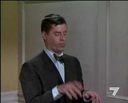 Jerry Lewis, La máquina de escribir