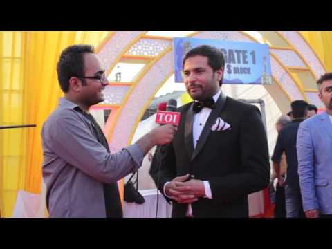Amrinder Gill sings 'Supna' at PTC Punjabi Film Awards 2016