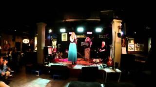 Laulu Ylioppilaalle - Inkeri Autio