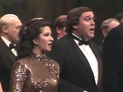 Met Centennial 1983 - L'italiana in Algeri - Finale act I