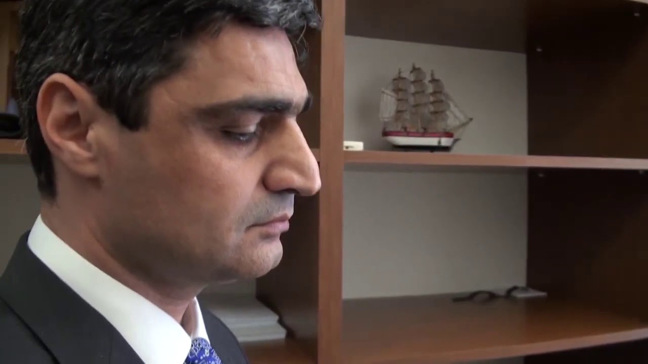 Nazir müavininin ələ keçirdiyi pulların görüntüləri yayıldı -VİDEO