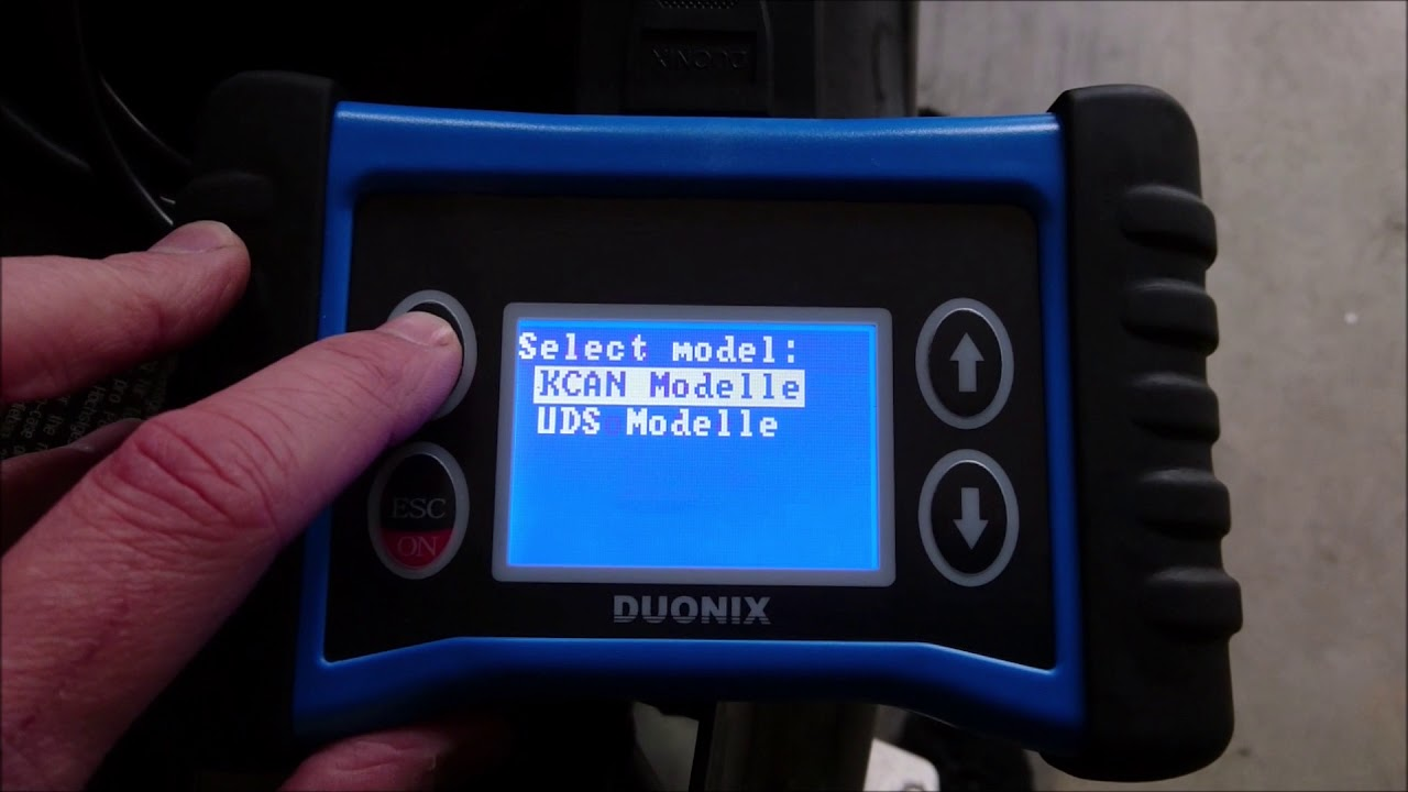 Duonix Bike-Scan 100 Professional Scantool for BMW Motorcycles with