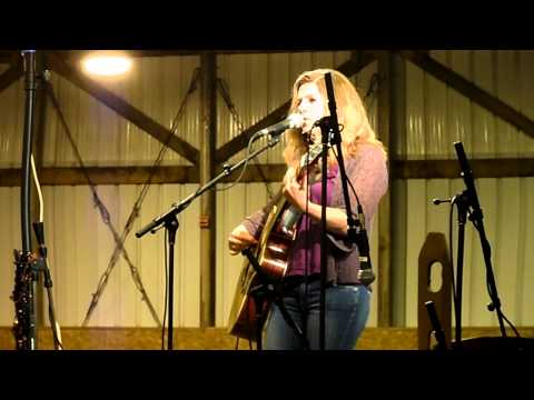 "Dar Williams ""The Hudson"" Live Performance - Beautiful Live Recording"