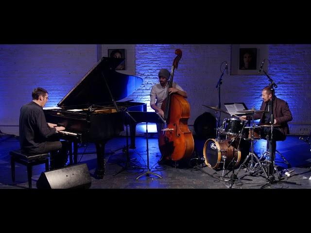 Roberto Pistolesi Trio,  Blues X (Roberto Tarenzi)