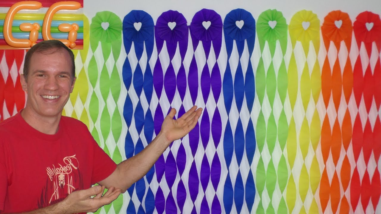 How To Make A Crepe Paper Streamer Backdrop
