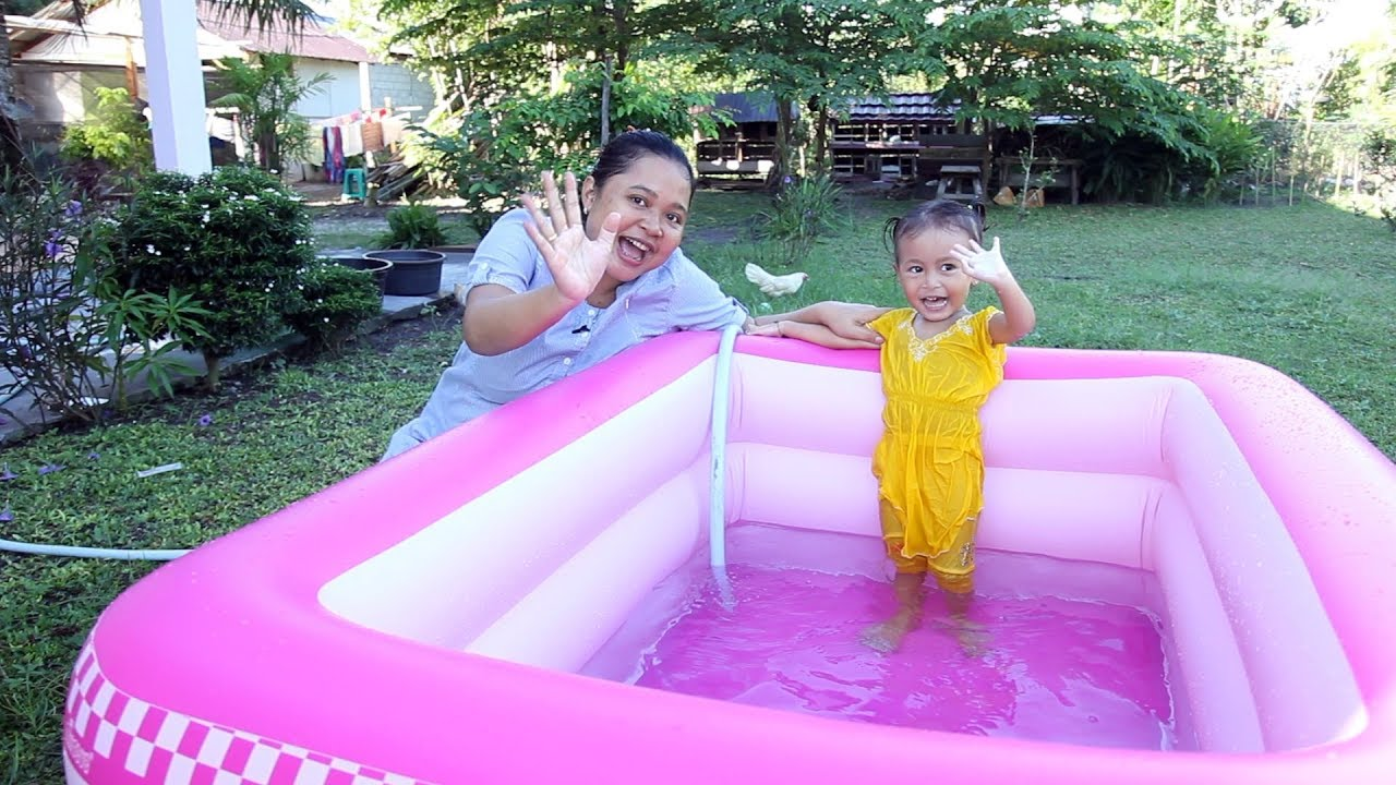 Unboxing Kolam Renang Anak Balita Lucu Warna Pink Kids Playing Swimming Pool