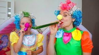 Как девочки собираются на Бал  Nastya Play