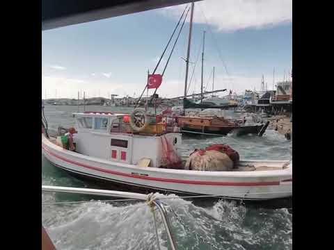 Ayvalık'ta fırtına balıkçıları mağdur etti