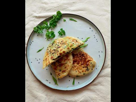 recette-ultra-facile-et-rapide-de-pain-géorgien-à-la-poêle-farci-au-fromage-et-persil-(khachapuri)