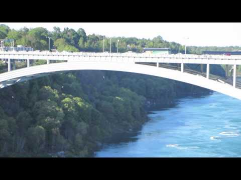 Crossing the border from USA into Canada on foot across Rainbow Bridge