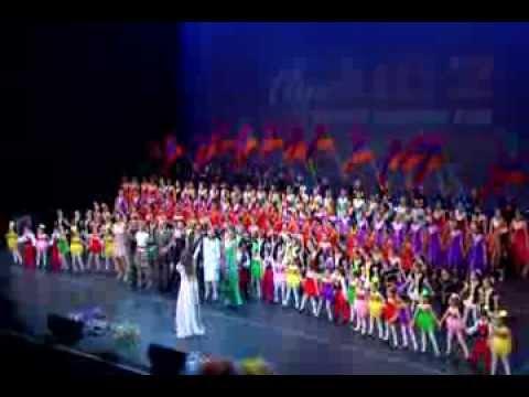 Leyla Saribekyan. Miasnutyan Shurjpar. Live In USA Kodak Theatre Los Angeles.