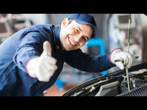 Спросил у работника автосервиса, какая марка автомобилей к ним заезжает чаще всего?
